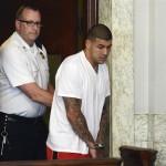2ちゃんねる:【NFL】ペイトリオッツのTEアーロン・ヘルナンデス(23)、第一級殺人罪などで逮捕[13/06/27]