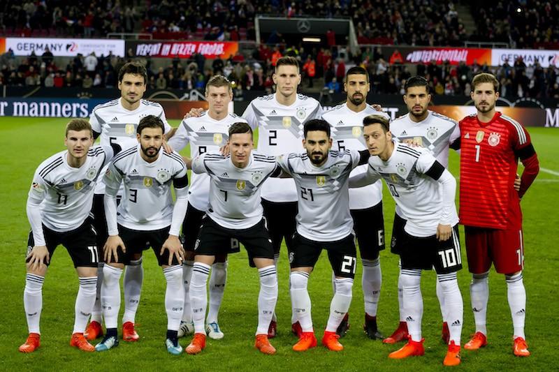 ワールド カップ サッカー