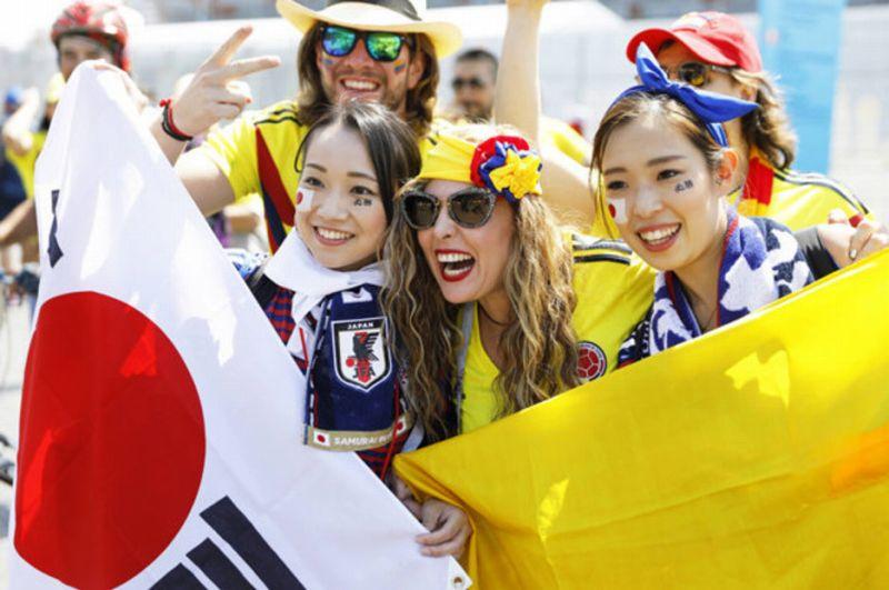 日本代表、初戦勝利!まさかコロ...