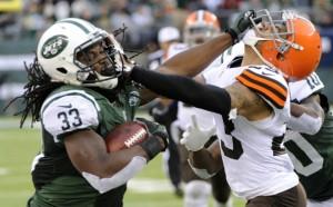 Browns Jets Football.JPEG-0bbf8