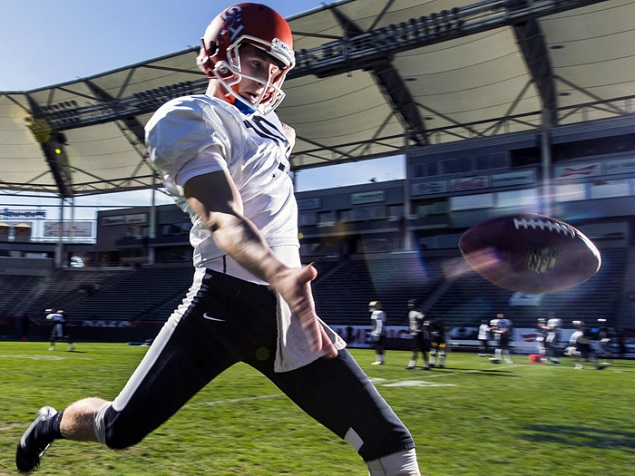 American team punter Lachlan Edwards (19), of Houston State, drills during the NFLPA Collegiate Bowl team practice on Thursday, Jan. 21, 2016 in Carson, Calif. (Ric Tapia via AP)
