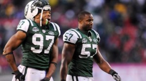 dm_130219_nfl_jets_clear_cap_room