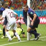 ワールドカップ2104:無敵艦隊、撃沈!明日の日本戦はD fenceで。